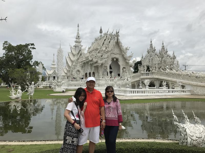 1 Day Chiang Rai + White Temple + Golden Triangle.