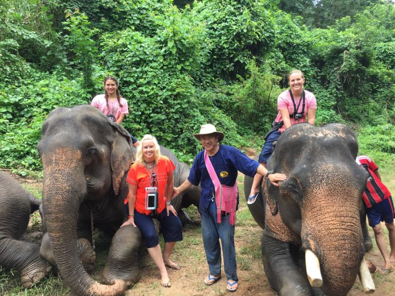 1 Day Elephant + Zipline Chiang Mai + White Water Rafting.