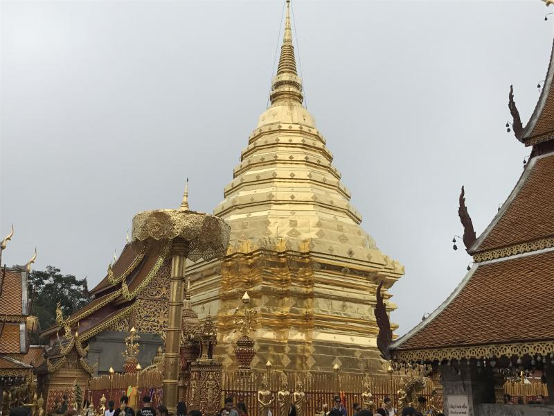 Discover 2 Day: Chiang Mai City Temple + Handicraft + Elephant + Waterfall.